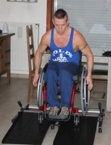 Dirk Invictus Active Trainer